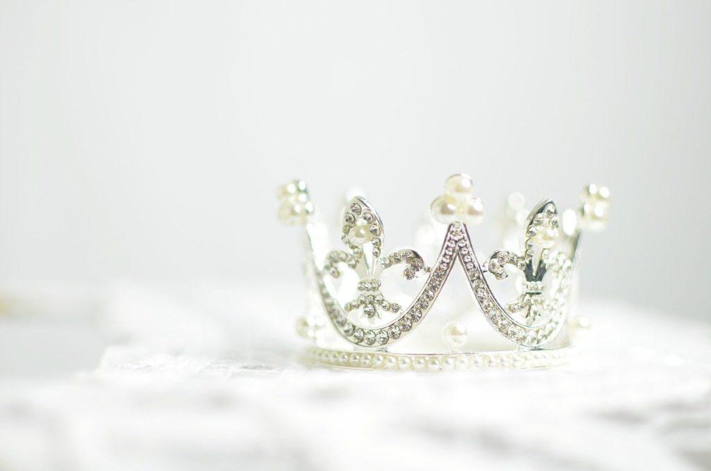 crown, tiara, crystals-1866986.jpg