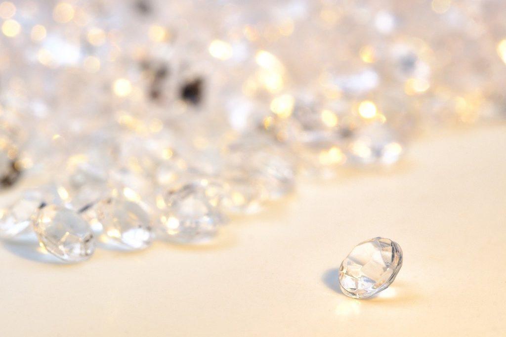 diamonds, gem, jewel-4231177.jpg
