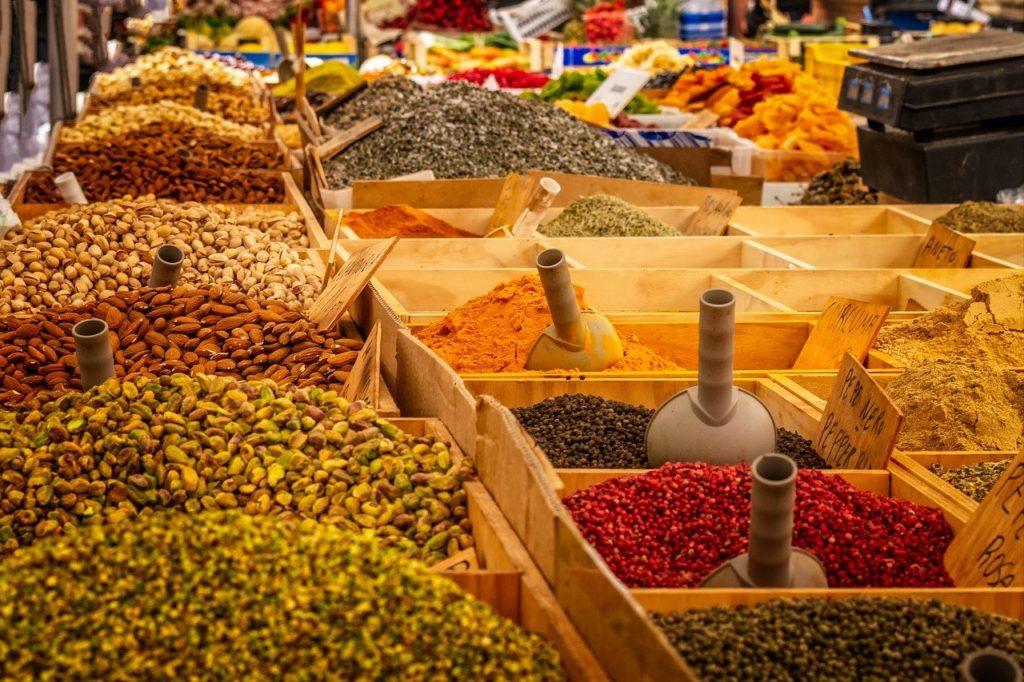 market, stand, spices-3466906.jpg